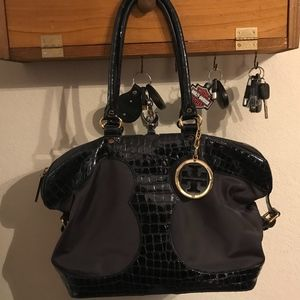 Large unique Tory Burch bag in Navy Blue